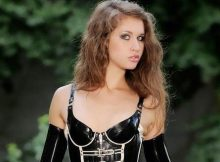 Abby, une jeune domina en manque - Annonce dominatrice à Lille